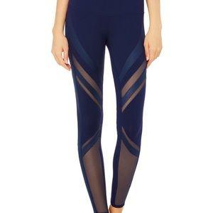 Alo Yoga mid-rise Epic legging in navy